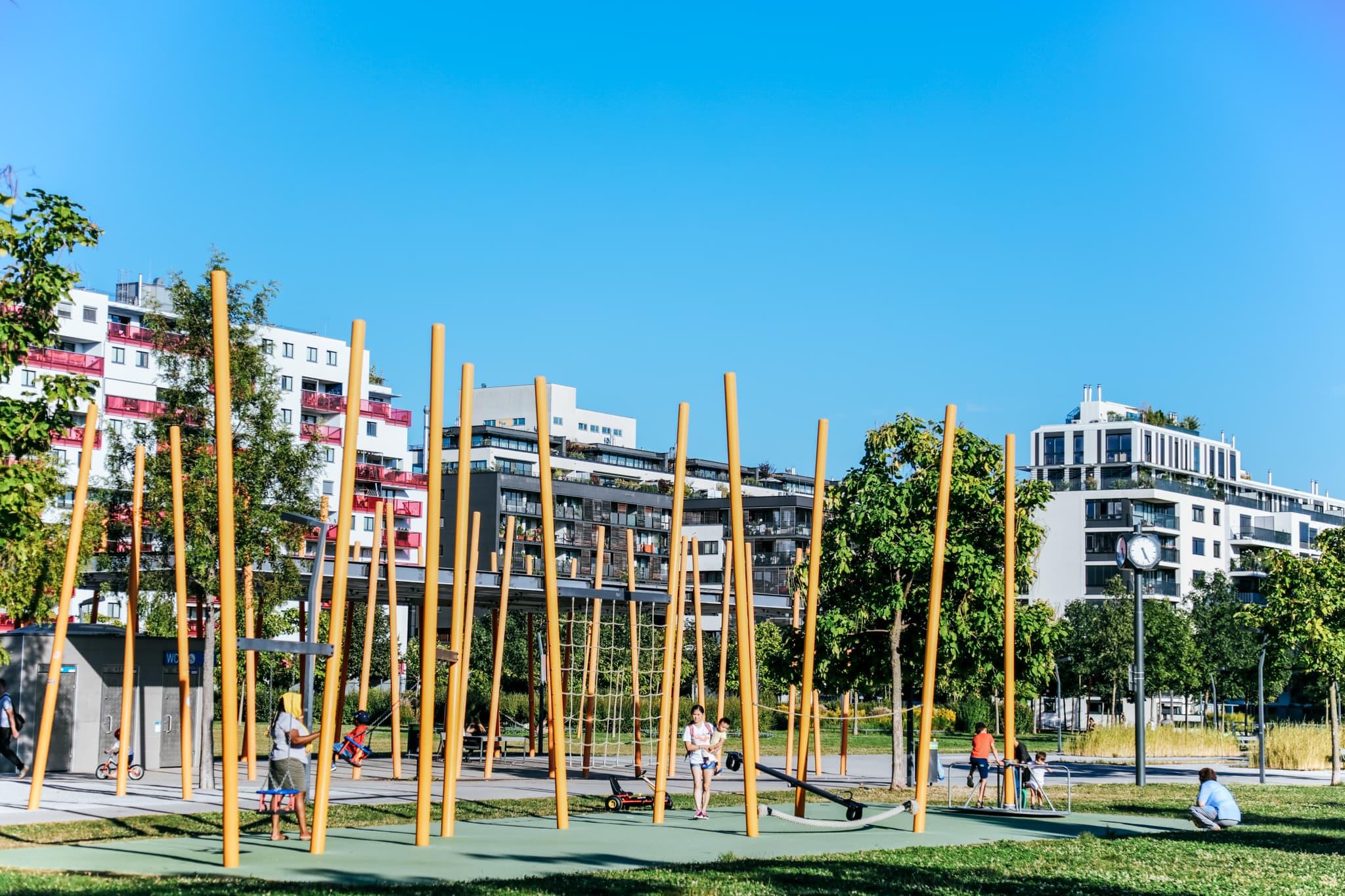 Spielplatz im Bednarpark.