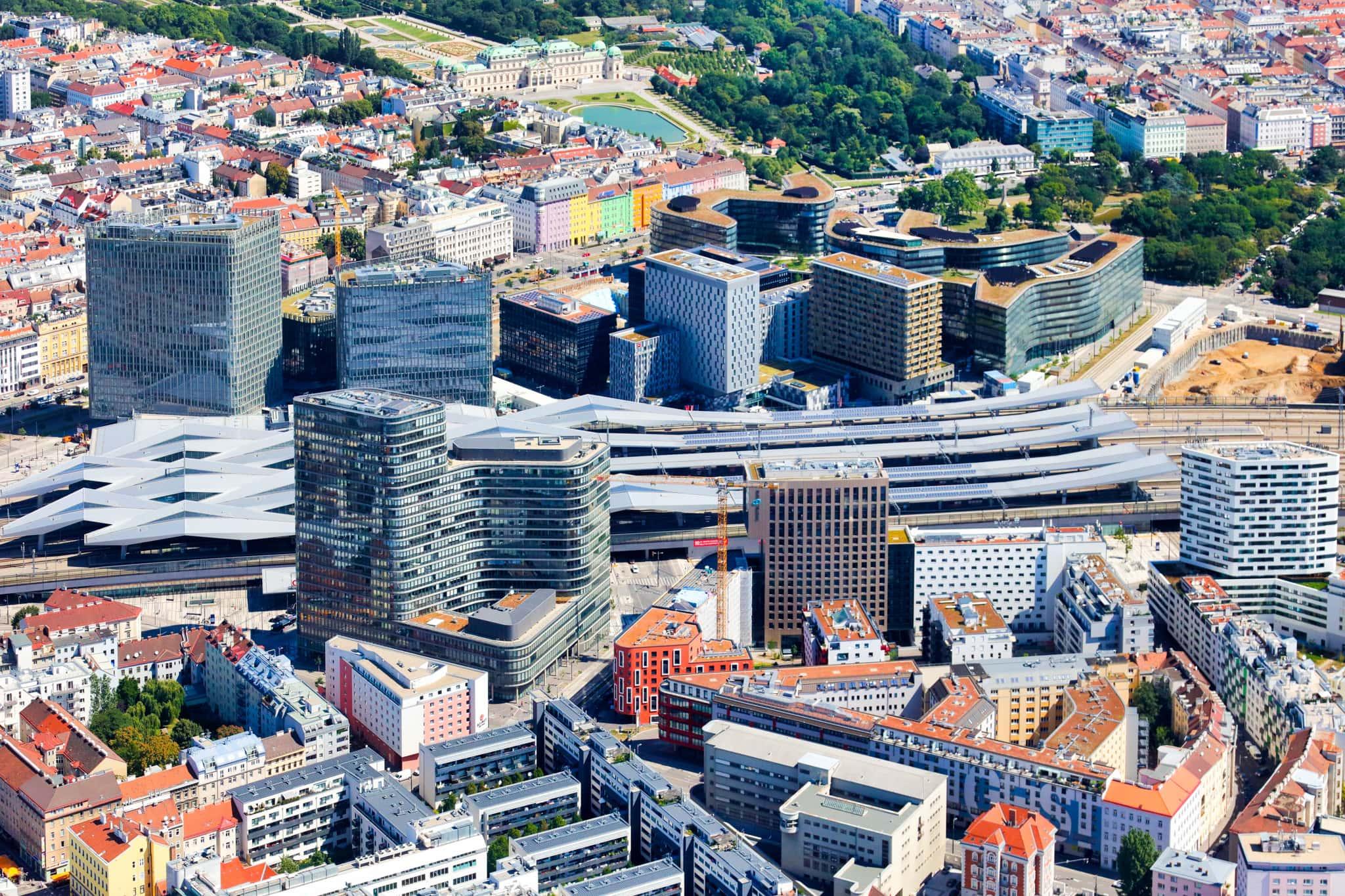 Luftaufnahme des neuen Hauptbahnhofes.