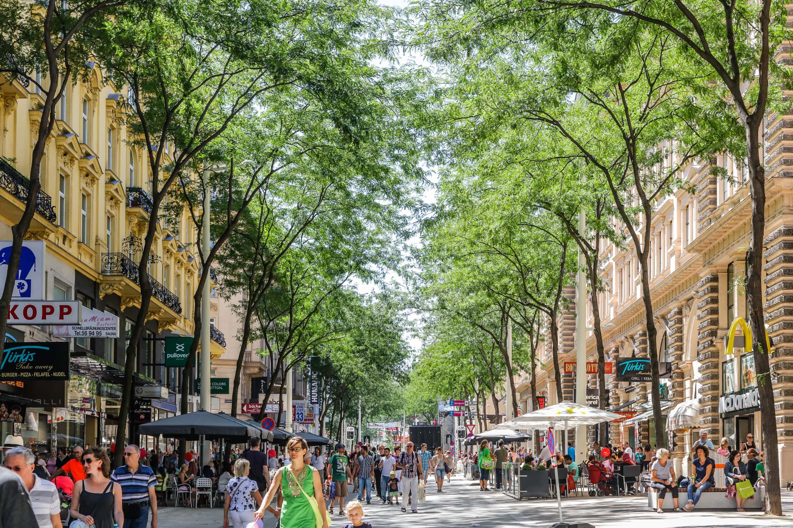Shopping auf der neuen Mariahilfer Straße.