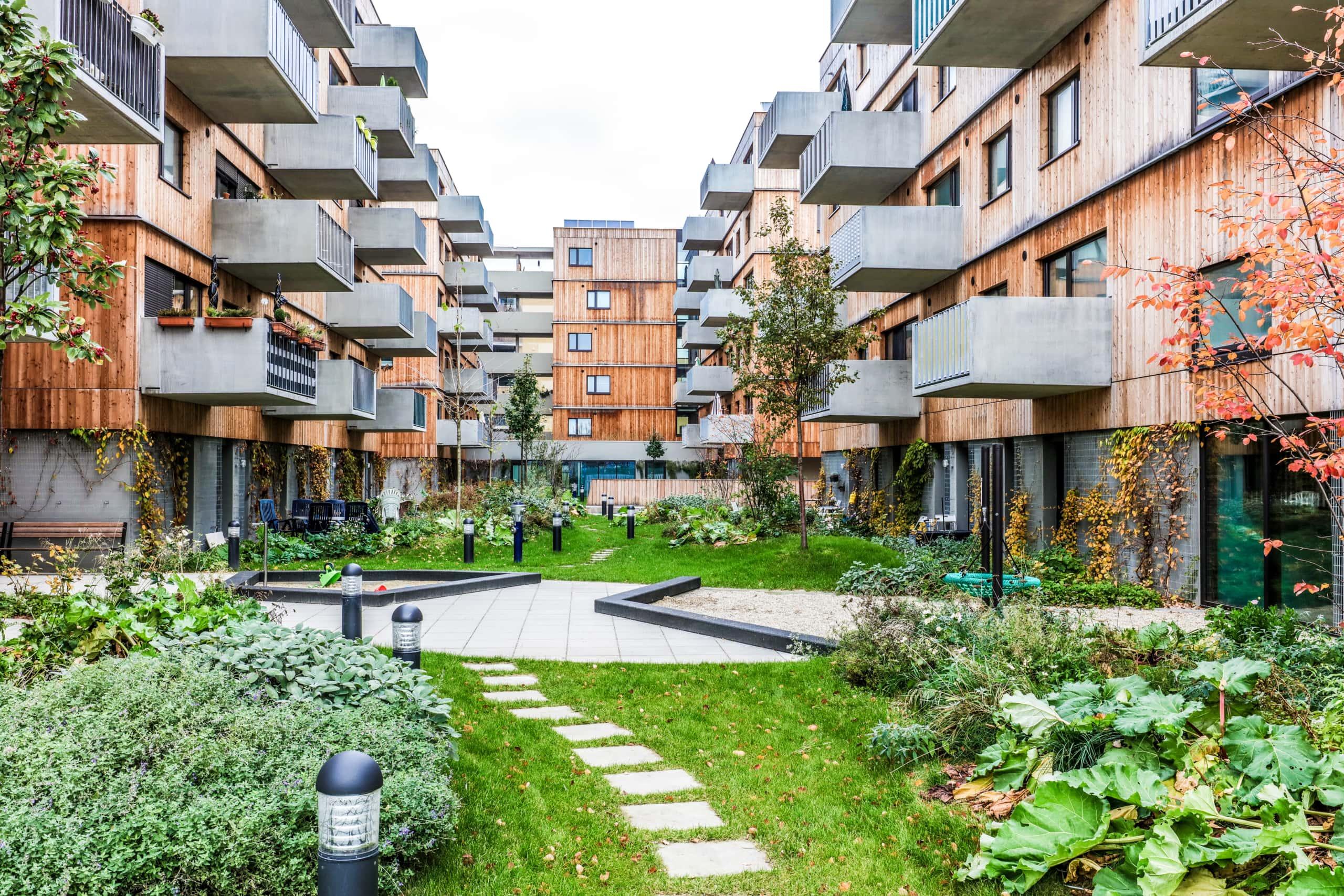 Moderne Wohnhausanlage in der Seestadt-Aspern.