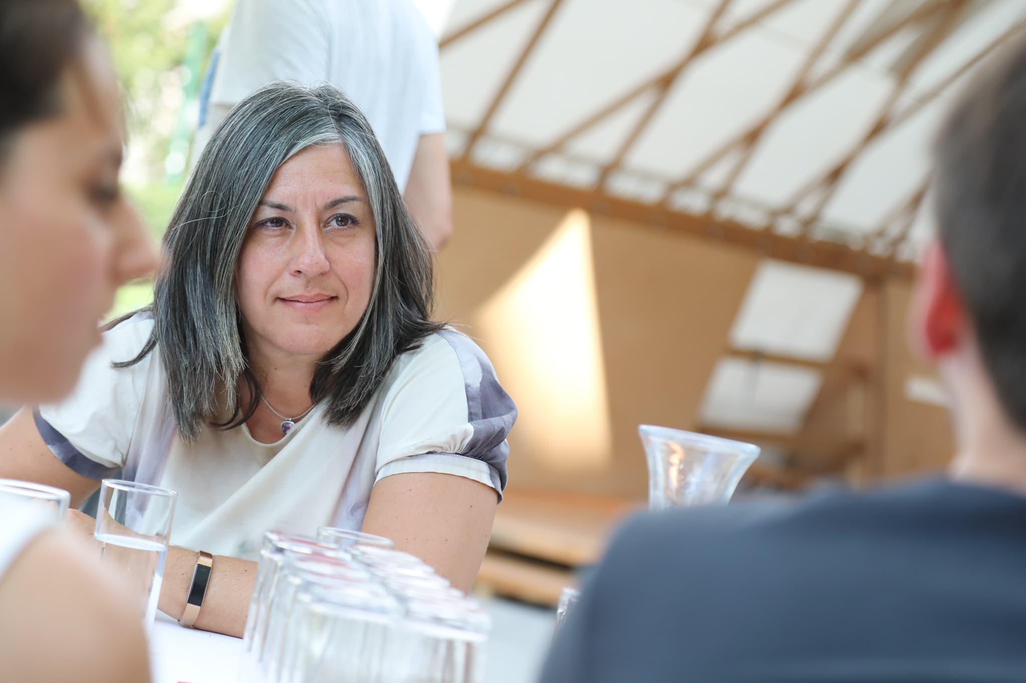 Maria Vassilakou bei einer öffentlichen Sprechstunde.