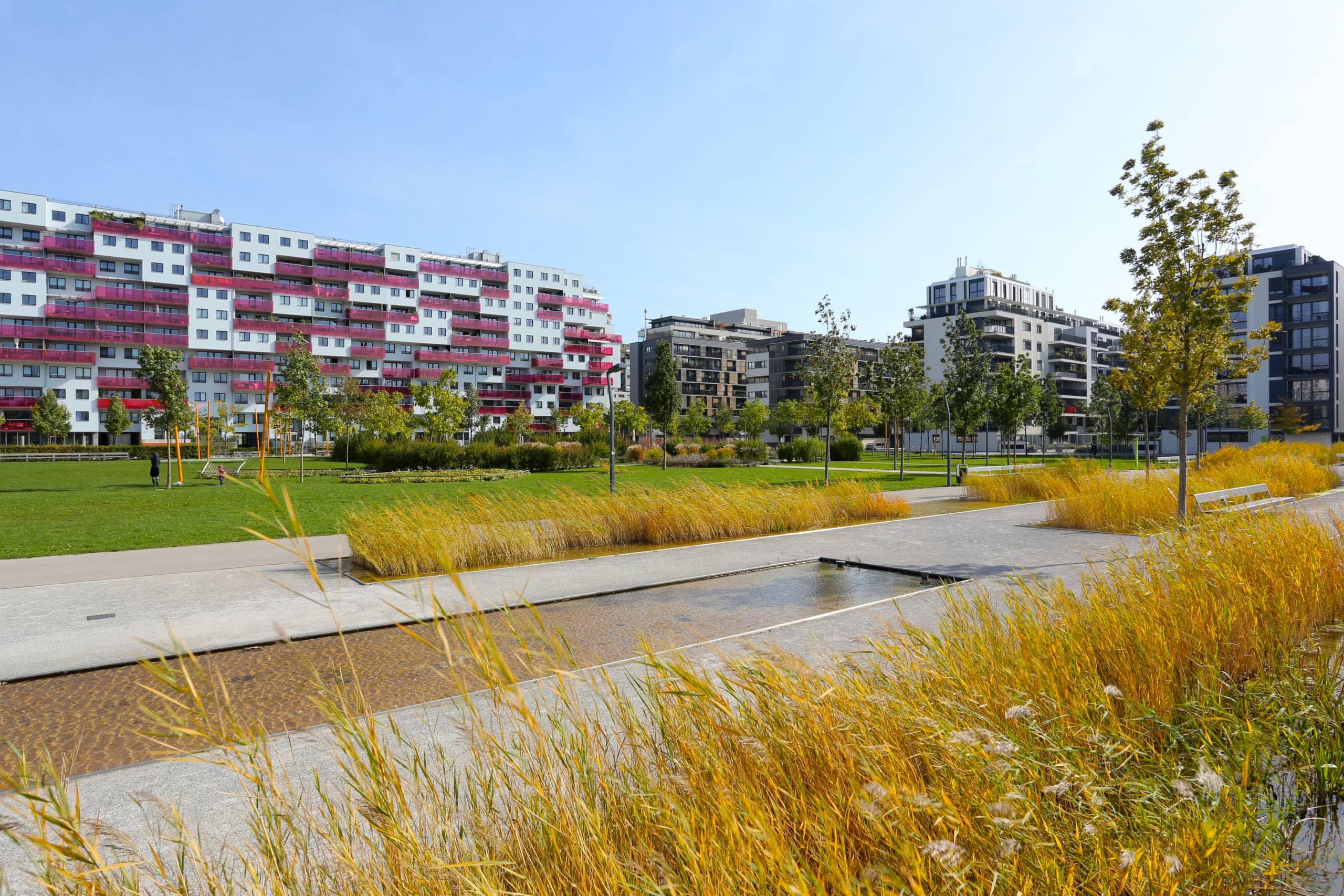 Park am Wohngelände des Nordbahnhofes.